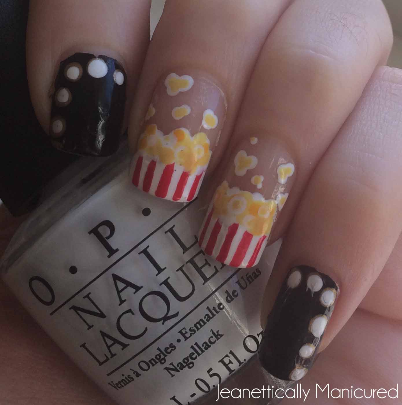 movie-marquis-lights-nails