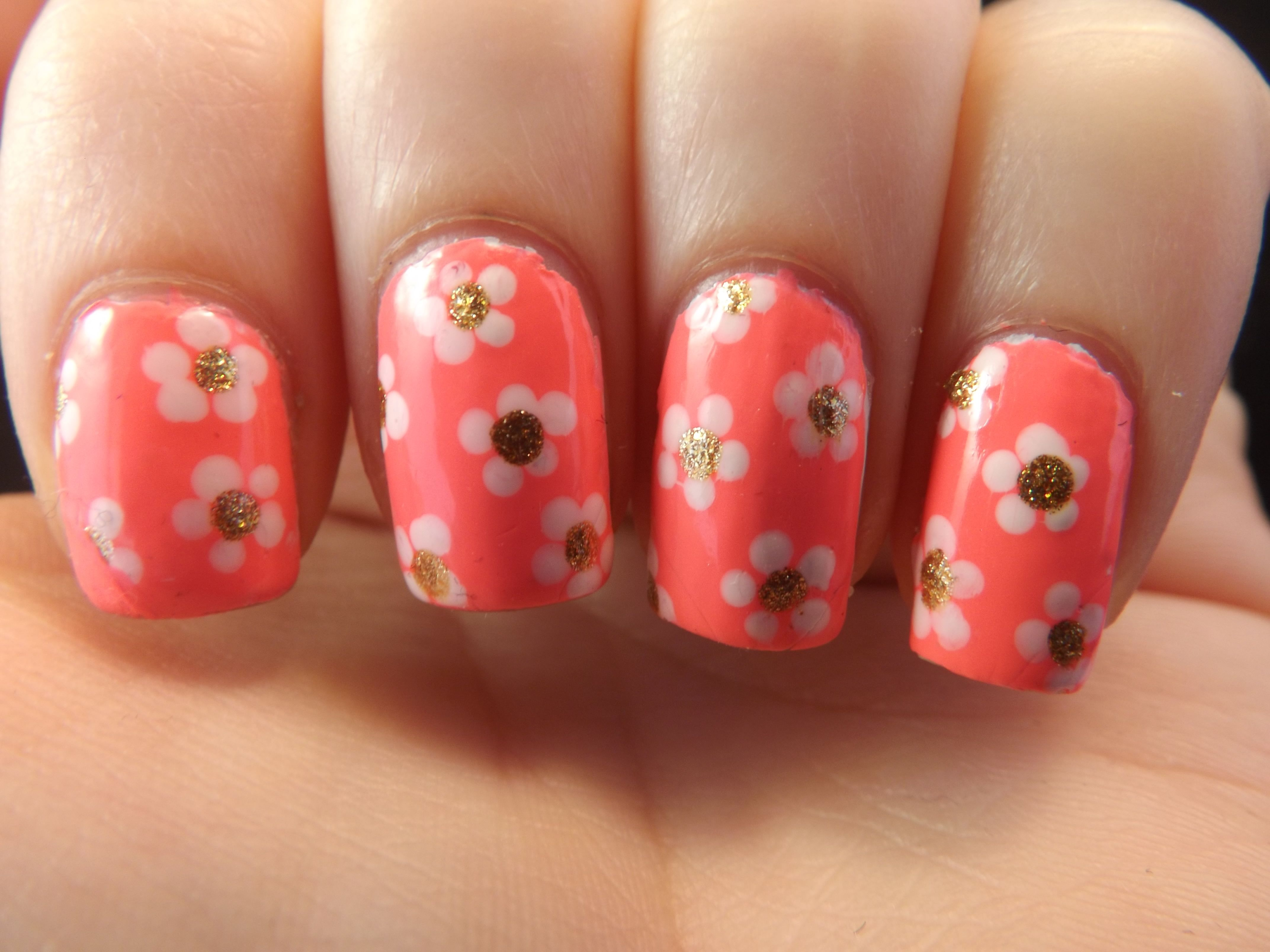 Neon Pink nails with Marc Jacobs Daisies
